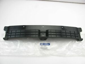 New Genuine Rear Bumper Upper Center Cover For 03 06 Tiburon 866182c000