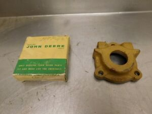 John Deere 50 60 Tractor Nos Pto Oil Seal Housing A4581r 12174