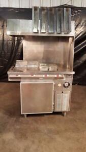 Henny Penny French Fry Dump Station W Refrigerator Base Heat Lamps