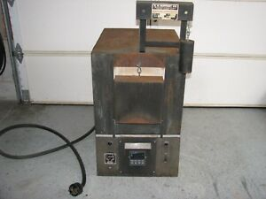 Industrial Electric Heat Treat Furnace Kh Huppert Oven 220 Volt Ac 1 phase