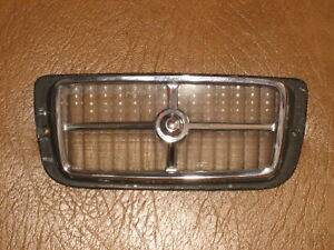 1969 1970 Mercury Cougar Ford Mustang Right Front Park Light Lens And Bezel