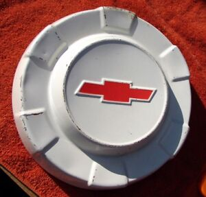 1961 1962 1963 Chevy C10 1 2 Ton Pickup Truck Nub Style Painted Dog Dish Hubcap