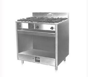 Comstock Castle Fk18 18 Restaurant Range W 2 Burners Open Base Cabinet