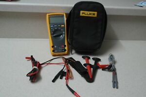Fluke 179 eda2 Electronic s Multimeter And Deluxe Accessory Combo Kit