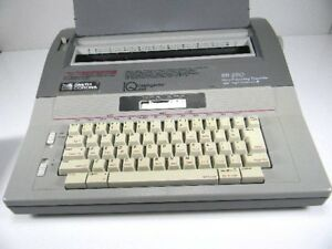 Smith Corona Electric Typewriter Sd 680 Intelligently Quiet Correctable Ribbon