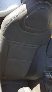 2007 Saturn Sky Oem Black Leather Seats Pair Right Flawed
