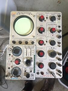 Vintage Tektronix 585a Oscilloscope With Two Plugins Differential probe