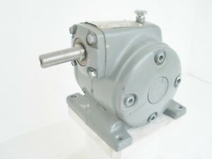 Dayton Worm Gear Reducer 2z310b 11 25 To 1 302 In Lbs Robust Light 10