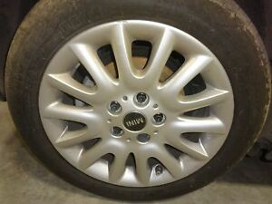 Oem Wheel 2014 Mini Cooper Hardtop 16x6 1 2 tire Not Included