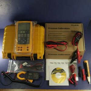 New Fluke 725 Multifunction Process Calibrator Case Clamp Box Extra Leads