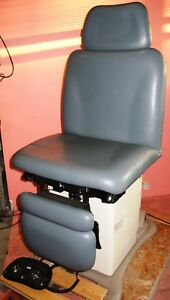 Midmark Ritter 230 Power Exam Chair Power Procedure Exam Table With Foot Switch