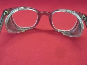 American Optical Protective Safety Glasses Metal Wire Shields P 21725 46000