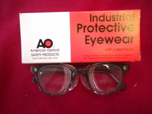 American Optical Safety Glasses 21923 46020 Clear Lens W shields
