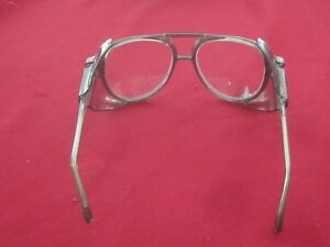American Optical Safety Glasses Lens Teardrop Side Shields P 21650 90000