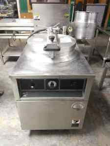 Bki Fkm f Extra Large Capacity Electric Pressure Fryer With Filter System