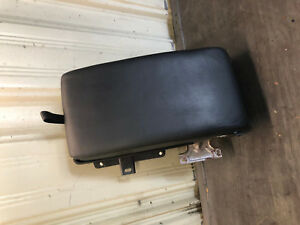 08 13 Cadillac Cts Rear Seat Arm Rest Armrest W Cup Holder I