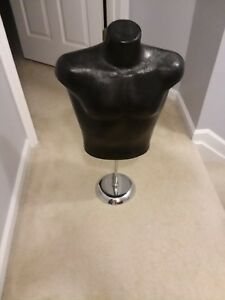 Black Mannequin Torso Upper Body Hard Plastic With Stand 30 Tall 2 5 Feet