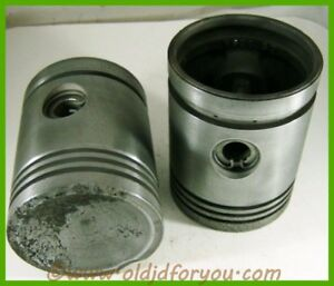B2380r John Deere B 50 All Fuel Pistons With Wrist Pins And Snap Rings Cast