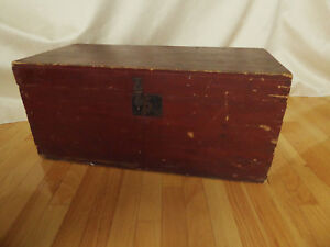 19th Century Dovetailed Pine Trunk Original Red Paint And Hardware
