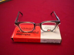 Ao Industrial Protective Eyewear Safety Clear Glasses 21924 46000 W shields