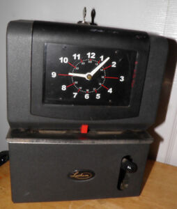 Lathem Time Clock 2121 With New Key Tested Works Well Old Ribbon Needs Cards Bin