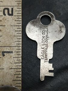 Antique Eagle Lock Co Key 22u1 Flat Steel Steamer Trunk Key