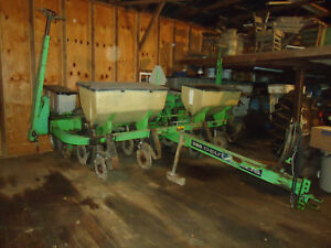 Deutz Allis 385 No till Corn Planter 1989