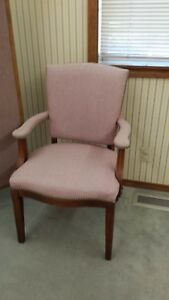 Paoli Furniture Company Set Of 4 Pink High Back Chairs Office Waiting Room