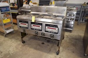 Henny Penny Electric 3 Bay Open Fryer W Baskets Digital Programmable Controls
