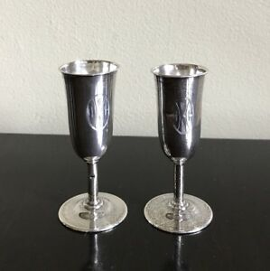 Set Of 2 Wallace Sterling Silver Wine Cordial Liqueur Aperitif Shot Glasses