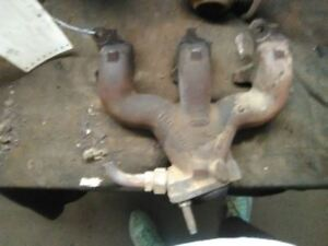 Exhaust Manifold 6 300 4 9l Rear Fits 87 96 Ford E150 Van 32363