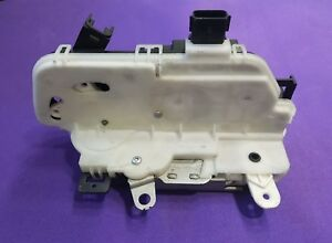 on 2008 Ford Focus Ignition Lock Cylinder