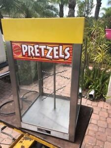 Commercial Apw Wyott Heated Lighted Pretzel Table Top Display Merchandiser