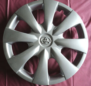 A Set Of 15 Toyota Corolla 07 08 13 Silver Hubcaps Wheel Cover Rim Cover 61147