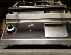 Star Cg14 Commercial Two sided Grooved Sandwich And Panini Grill