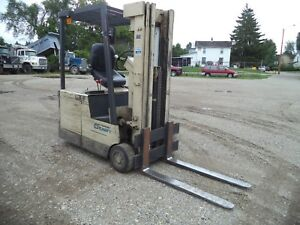 Crown Model 30 sctt 3 000 3000 Cushion Tired 3 Wheeled 36v Electric Forklift