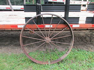 Antique Wagon Wheel 46 D2833