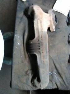 Driver Left Exhaust Manifold 8 318 Without Air Fits 75 79 Cordoba 39717