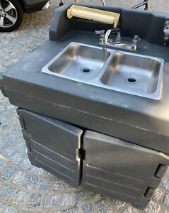 Cambro Ksc402 Grey Camkiosk Portable Self contained Hand Sink Cart 110v