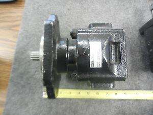 Parker Hydraulic Pump 7029218002 New