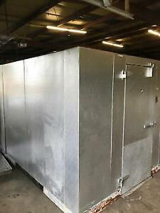 Walk in Refrigerator Freezer 12 X 16