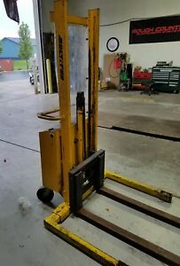 Mulitto Sm20 2000lbs Cap Electric Walkie Stacker Fork Lift New Battery