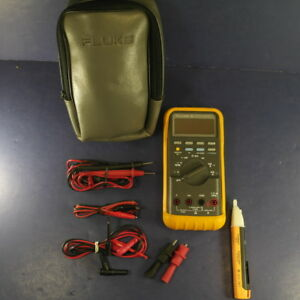 Fluke 88 Automotive Meter Very Good Condition Soft Case And Accessories