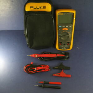 Fluke 1507 Insulation Tester Very Good Condition Soft Case Accessories