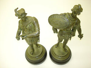 2 Pcs Antique Cast Iron Statue Old Soldiers Standing Ready To Fight Beautiful