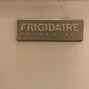 Frigidaire Chest Freezer 14 8 Cu Ft Nsf White For Personal Or Industrial Use