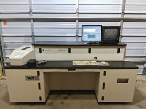 Perseptive Biosystems Voyager de Str 5 2554 00 Biospectrometry Workstation