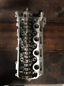 2009 Up 4 6 5 4 3v Cylinder Head left Side