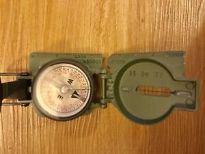 Cammenga Model 27 Phosphorecent Military Compass Used