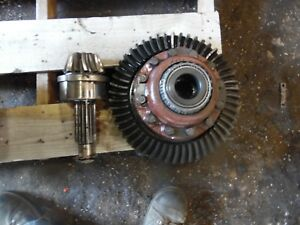 1974 Farmall 966 Diesel Farm Tractor Differential Assembly